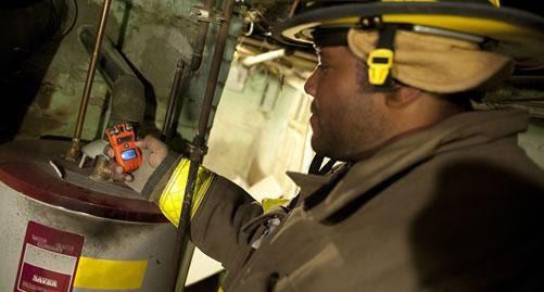 Profissional de detecção de gás